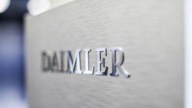 Photo of Daimler warns 2019 profits to halve as problems deepen