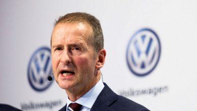 Photo of CEO da VW diz que Tesla tem vantagem no software